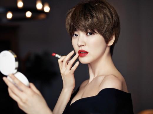 Vẻ đẹp 'không dao kéo' của Song Hye Kyo - ảnh 4