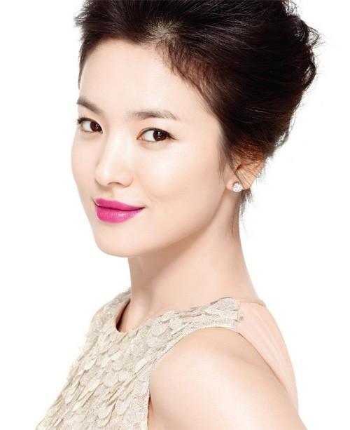 Vẻ đẹp 'không dao kéo' của Song Hye Kyo - ảnh 7