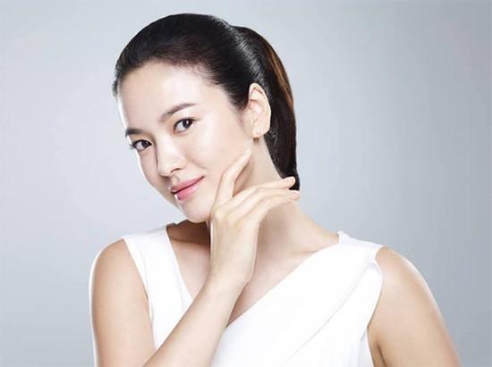 Vẻ đẹp 'không dao kéo' của Song Hye Kyo - ảnh 8