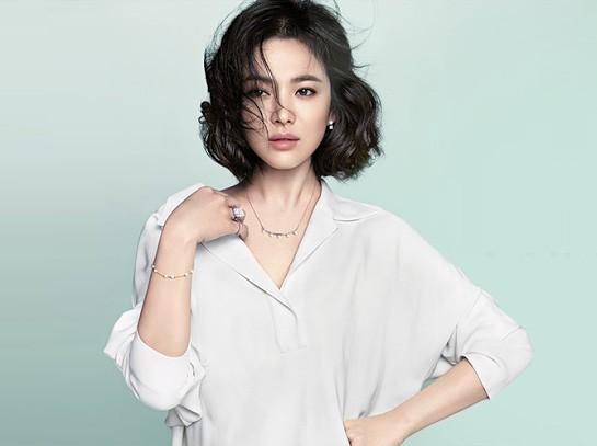 Vẻ đẹp 'không dao kéo' của Song Hye Kyo - ảnh 9