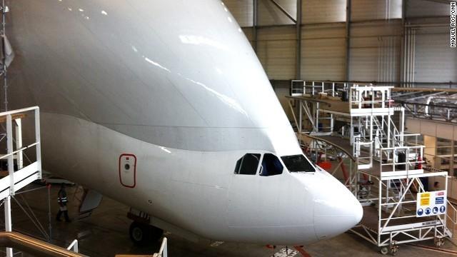 Bên trong siêu máy bay vận tải Airbus cực khủng - ảnh 2