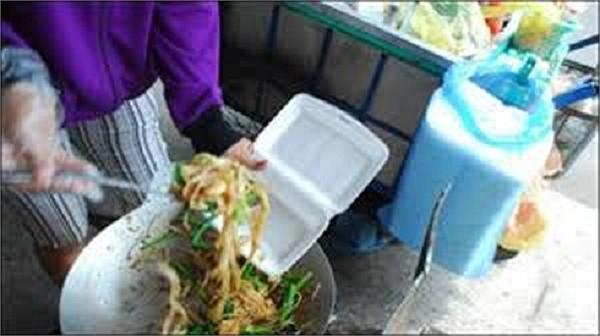 Mối nguy hiểm khi mua đồ ăn mang về - ảnh 6