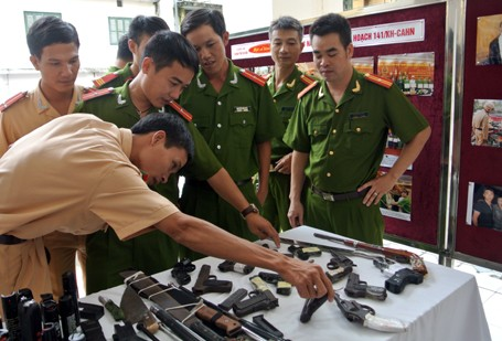 Choáng với lượng vũ khí 141 Hà Nội bắt trong 3 năm - ảnh 3