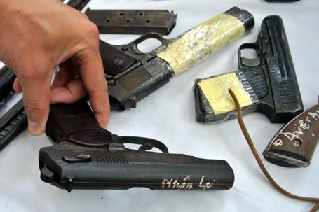 Choáng với lượng vũ khí 141 Hà Nội bắt trong 3 năm - ảnh 6