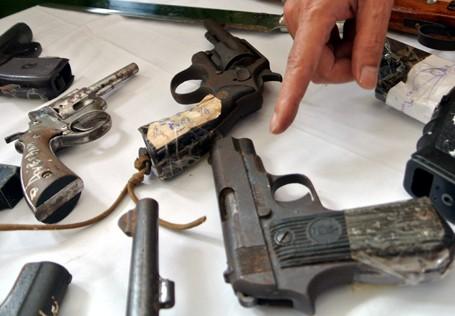Choáng với lượng vũ khí 141 Hà Nội bắt trong 3 năm - ảnh 8
