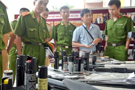 Choáng với lượng vũ khí 141 Hà Nội bắt trong 3 năm - ảnh 9