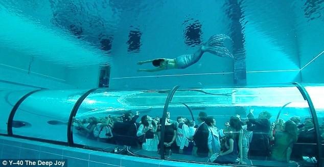 Bể bơi sâu nhất hành tinh ở Italy - ảnh 6