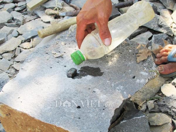 Hiểm nguy chẻ đá mưu sinh - ảnh 8