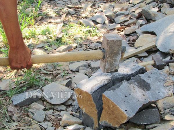 Hiểm nguy chẻ đá mưu sinh - ảnh 9