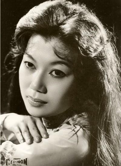 NSND Kim Cương tiết lộ chuyện tình yêu trong hồi ký - ảnh 1