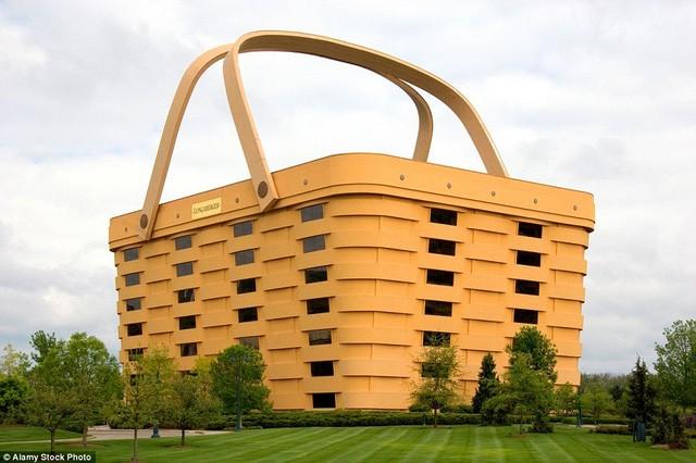 Những tòa nhà có 'ngoại hình' kỳ lạ nhất hành tinh - ảnh 7