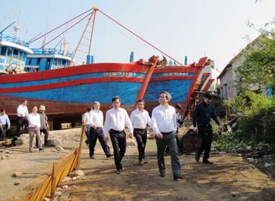 Mỗi ngư dân là một ngọn hải đăng giữ chủ quyền biển đảo - ảnh 1