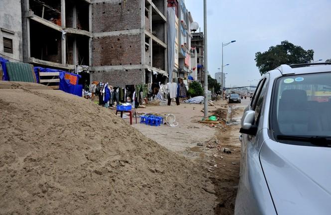 Nhà siêu mỏng trên đường nghìn tỷ ở Hà Nội - ảnh 13