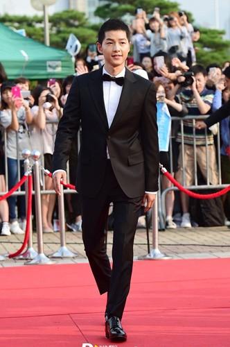 Khán giả phấn khích khi Song Joong Ki nói nhớ Song Hye Kyo - ảnh 2