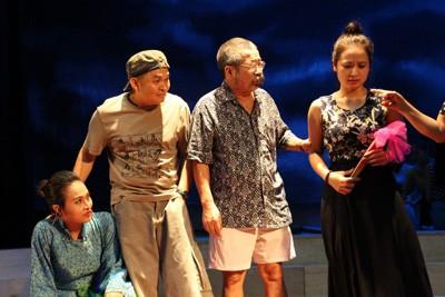 Ca sỹ Tùng Dương: Liveshow anh Xuân Hinh sẽ có rất nhiều cái lạ - ảnh 2
