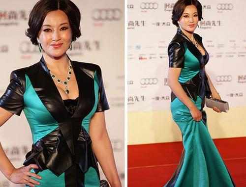 Trang phục tôn vòng một của Lưu Hiểu Khánh - ảnh 4