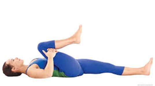 7 động tác yoga làm săn chắc cơ bụng  - ảnh 5