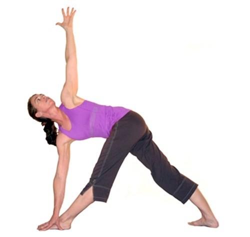 7 động tác yoga làm săn chắc cơ bụng  - ảnh 8