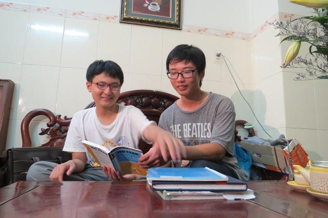 Người đàn ông cho 2 con bỏ trường tự học ở nhà: Giọt nước tràn ly - ảnh 3