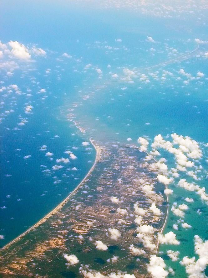 Từ ảnh vệ tinh NASA phát hiện cây cầu 1,7 triệu năm tuổi?  - ảnh 11