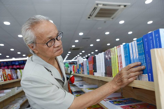 Nhà sách Tiền Phong 2 đón hàng chục ngàn lượt khách Hải Phòng mỗi ngày - ảnh 1