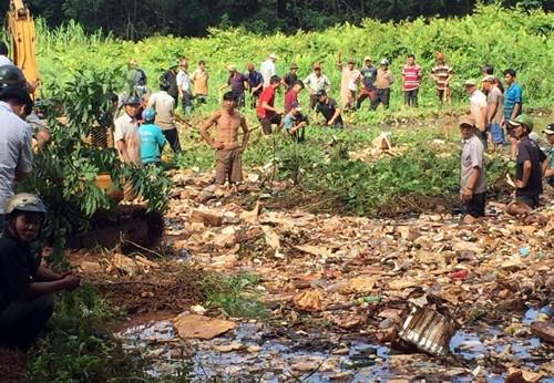 Nữ sinh Bình Phước bị nước mưa cuốn vào miệng cống mất tích - ảnh 2