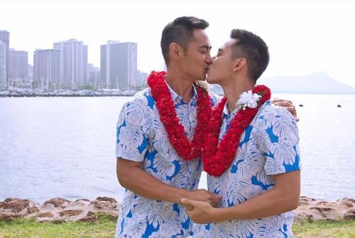'Hot boy nổi loạn' Hồ Vĩnh Khoa làm đám cưới với bạn trai ở Mỹ - ảnh 1