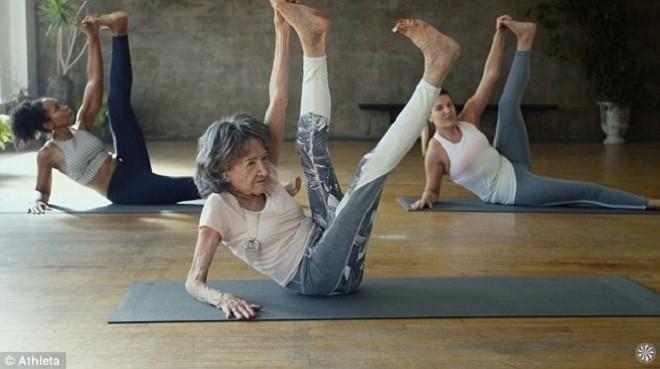 Cuộc sống viên mãn của cụ bà huấn luyện viên yoga 99 tuổi - ảnh 2