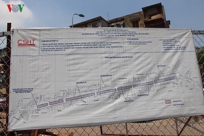 Dự án 'treo', bãi đỗ xe thông minh thành nơi trông xe trái phép - ảnh 2
