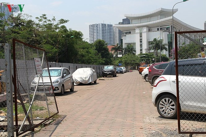 Dự án 'treo', bãi đỗ xe thông minh thành nơi trông xe trái phép - ảnh 5