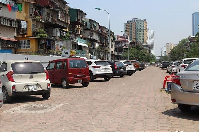Dự án 'treo', bãi đỗ xe thông minh thành nơi trông xe trái phép - ảnh 6