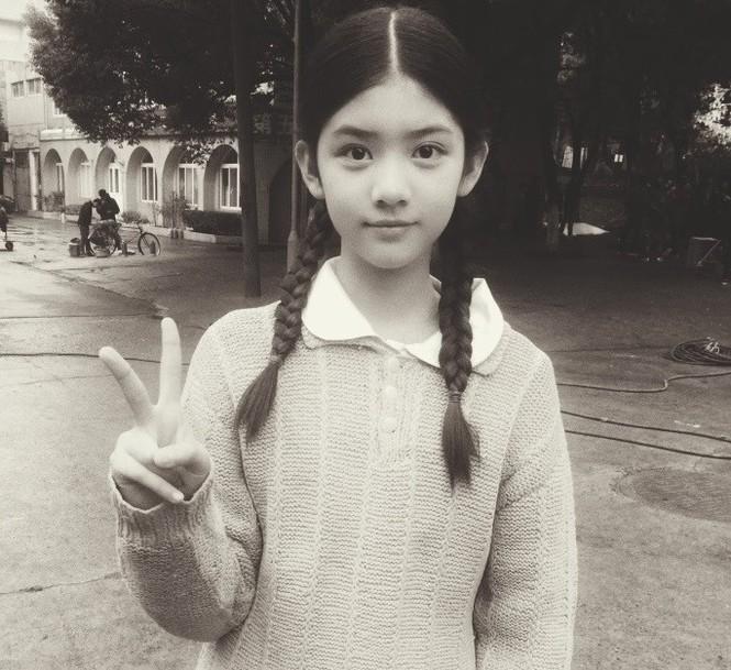 Cô bé 12 tuổi cao 1,60 m được ví như 'tiểu mỹ nhân' Trung Quốc - ảnh 5