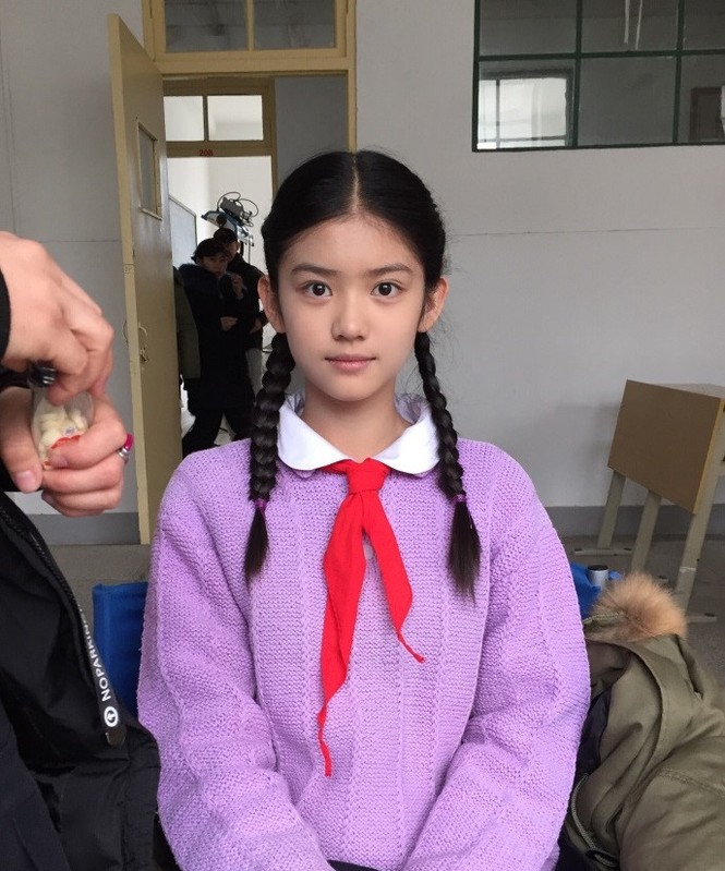 Cô bé 12 tuổi cao 1,60 m được ví như 'tiểu mỹ nhân' Trung Quốc - ảnh 6