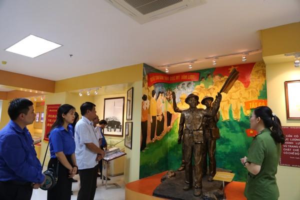 Đoàn thanh niên Học viện CSND ký kết nghĩa với Huyện đoàn Sơn Dương - ảnh 3