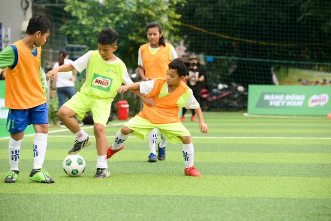 Tuyển bóng đá nhí Việt Nam lần đầu tranh tài tại giải đấu quốc tế - ảnh 1