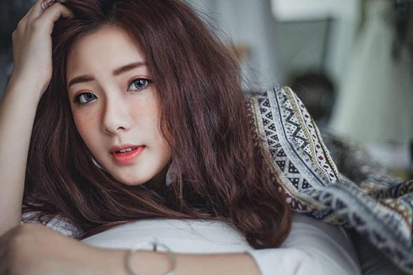 'Hot girl thời tiết' và những cô gái nổi bật từ Quảng Ninh - ảnh 5