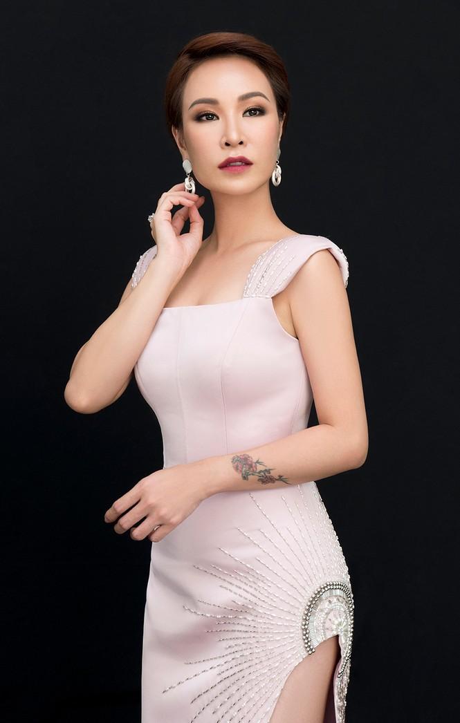 """Uyên Linh – Lân Nhã bất ngờ """"kết đôi"""" trong 'Chẳng phải tình cờ' - ảnh 1"""