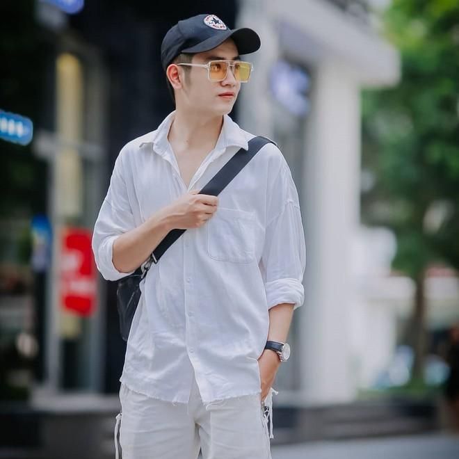Hot boy trường cảnh sát nổi tiếng trên mạng nhờ hát hay, đàn giỏi - ảnh 5