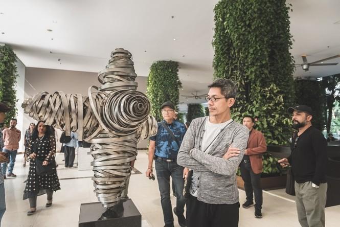 Đoàn nghệ sĩ châu Á ngỡ ngàng với Triển lãm nghệ thuật độc đáo tại Đại Lải - ảnh 3
