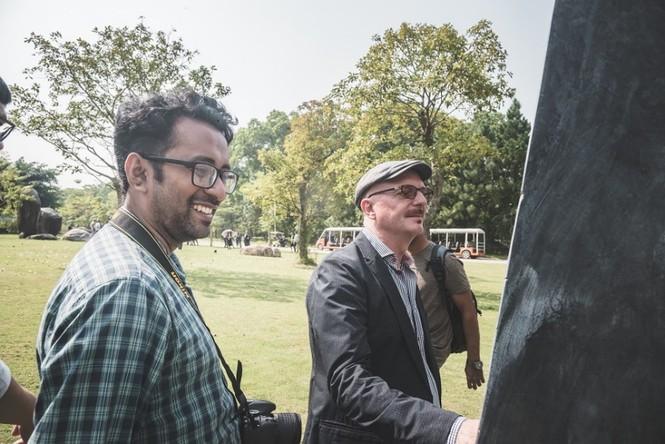 Đoàn nghệ sĩ châu Á ngỡ ngàng với Triển lãm nghệ thuật độc đáo tại Đại Lải - ảnh 6