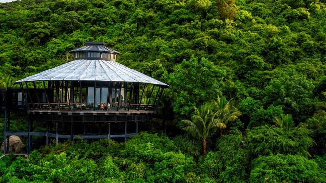 'Điểm danh' bộ sưu tập giải thưởng khủng của khu nghỉ dưỡng tại bán đảo Sơn Trà - ảnh 3