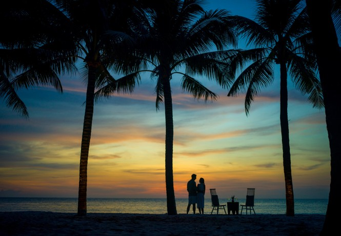 Ngắm hoàng hôn của bãi Trường tại 4 điểm Check In cực chất của InterContinental Phu Quoc Long Beach Resort - ảnh 2