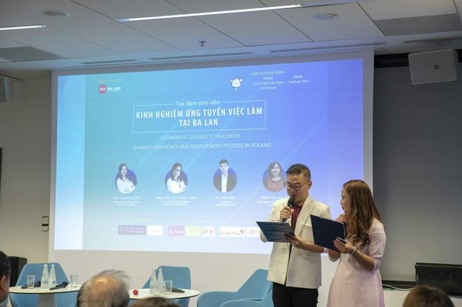 Tọa đàm sinh viên tại Ba Lan: 'Kinh nghiệm ứng tuyển việc làm tại Ba Lan' - ảnh 1