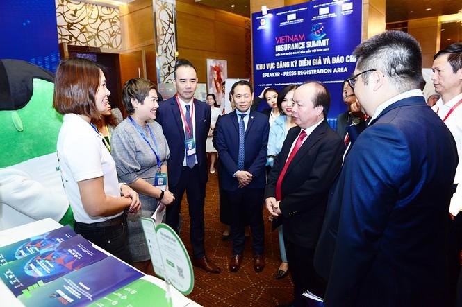 Manulife dẫn dắt xu hướng chuyển đổi tại Diễn đàn và Triển lãm quốc gia về Bảo hiểm Việt Nam 2019   - ảnh 1