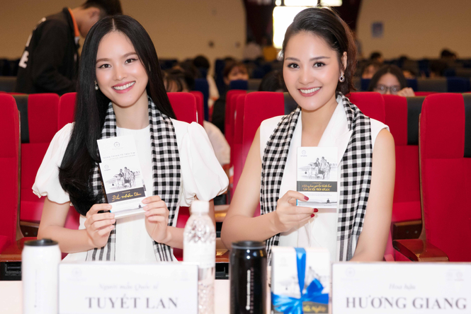 Hoa hậu Hương Giang: Sách quý giúp bạn trẻ sống tích cực - ảnh 2
