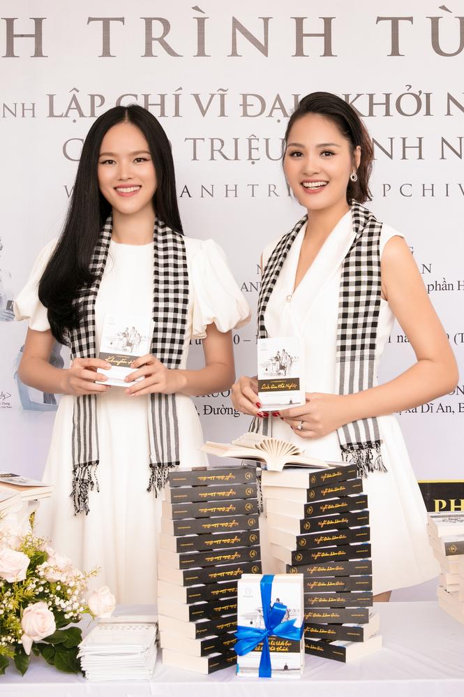 Hoa hậu Hương Giang: Sách quý giúp bạn trẻ sống tích cực - ảnh 3