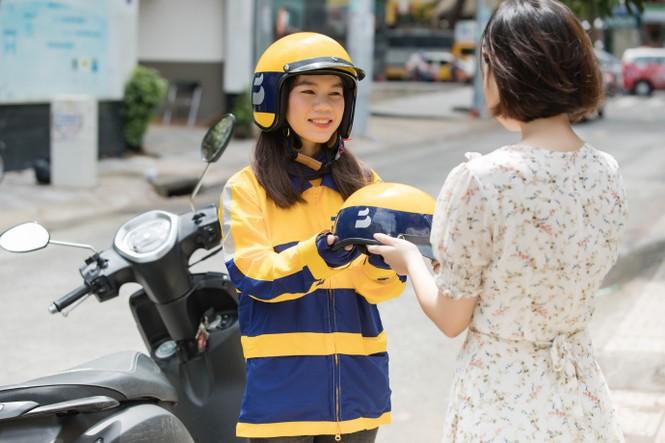 Thu nhập ổn định từ nghề xe ôm công nghệ - ảnh 2