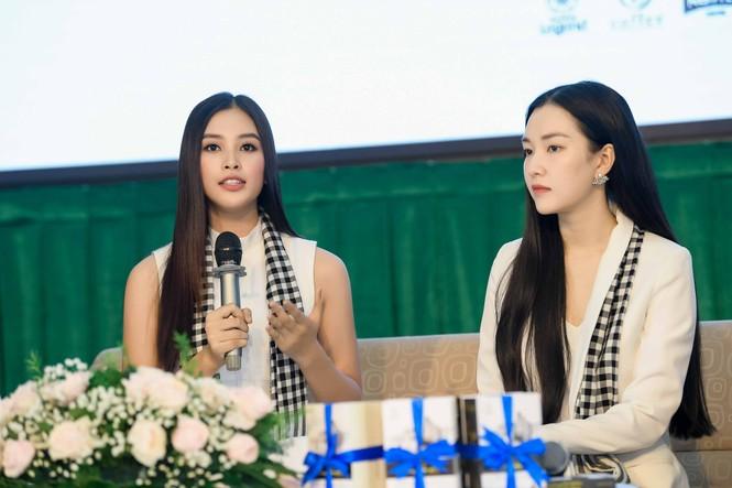 Hoa hậu Tiểu Vy: Tri thức là chiếc vương miện quý bền vững - ảnh 2