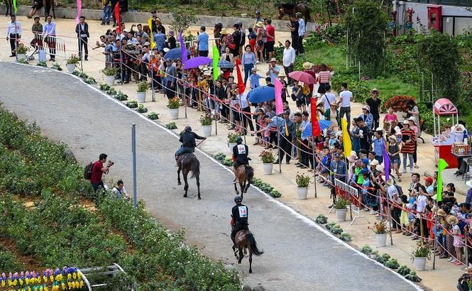 Sun World Fansipan Legend: 'Điểm du lịch văn hóa hấp dẫn hàng đầu thế giới 2019' - ảnh 2