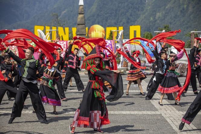 Sun World Fansipan Legend: 'Điểm du lịch văn hóa hấp dẫn hàng đầu thế giới 2019' - ảnh 4
